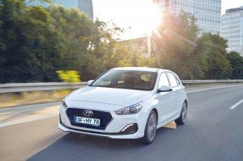 Hyundai i30 facelift 2018 thêm động cơ diesel tiết kiệm hơn