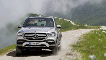 SUV Mercedes-Benz GLE 2019 áp dụng công nghệ chống lật xe