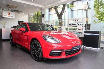 Cận cảnh Porsche Panamera màu đỏ bắt mắt giá 6,3 tỷ đồng tại VN