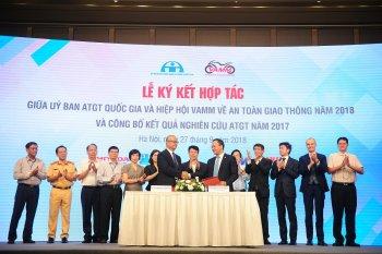 VAMM và Uỷ ban ATGT Quốc gia ký kết hợp tác thúc đẩy hoạt động ATGT 2018