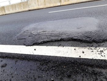 Cao tốc 34 nghìn tỉ sửa chữa chắp vá: Câu chuyện của năm?
