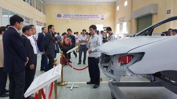 Toyota Việt Nam chuyển giao thiết bị cho trường Đại học Sao Đỏ - Hải Dương