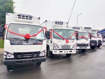 Isuzu Việt Nam và Quyền Auto ra mắt xe tải đông lạnh