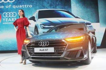 VMS 2018: Ảnh thực tế Audi A7 Sportback và Q8 tại Việt Nam