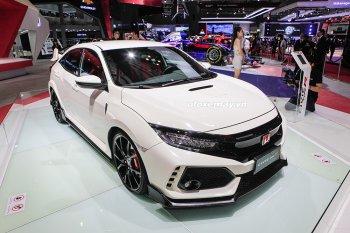 Honda trưng bày xe thể thao Civic Type R tại triển lãm VMS 2018