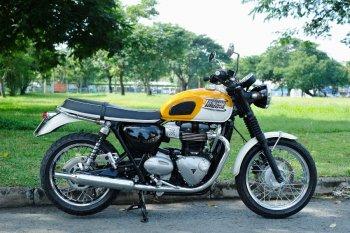 Triumph Bonneville T100 chạy cực lướt khắp Việt Nam