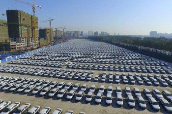 Thị trường ôtô Trung Quốc sụt giảm lần đầu tiên trong 30 năm