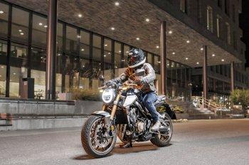 Nakedbike đẹp mắt Honda CB650R 2019 thay thế CB650F
