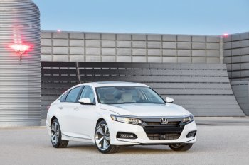 Honda Accord 2019 thế hệ 10 được nâng cấp toàn diện