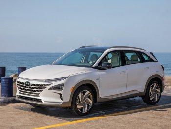"""Hyundai """"đặt cược"""" vào hydro trong khi các đối thủ tập trung cho xe điện"""
