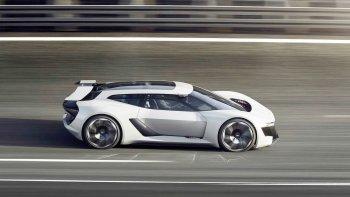 Siêu xe điện Audi PB18 E-Tron chạy được 500km mỗi lần sạc