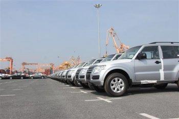 Người Việt nhập khẩu hơn 2.800 ôtô một tuần