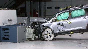 """Xe hơi Nhật-Hàn """"lấn át"""" Mỹ về độ an toàn"""
