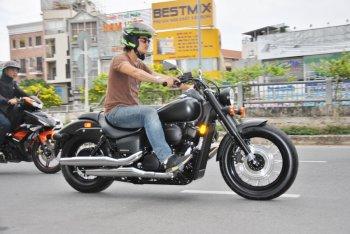 """Shadow Phantom 750 2018: """"Bóng ma"""" Honda trộm hồn biker Việt"""