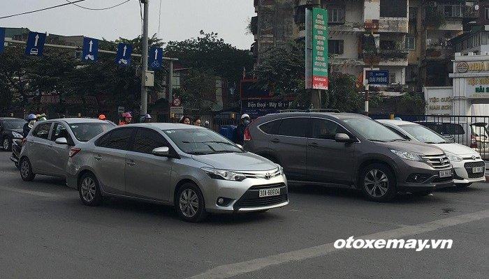 Người Việt tiêu thụ gần 290 nghìn xe ôtô năm 2018