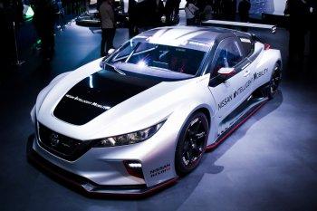 Xe đua Nissan Leaf Nismo RC ra mắt CES 2019 với gấp đôi sức mạnh