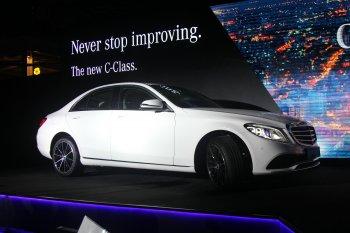Ra mắt sedan Mercedes-Benz C-Class 2019 giá từ 1,499 tỷ đồng