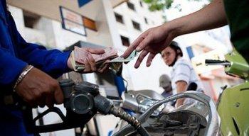 Xăng tăng giá mạnh, gần 1.000 đồng/lít