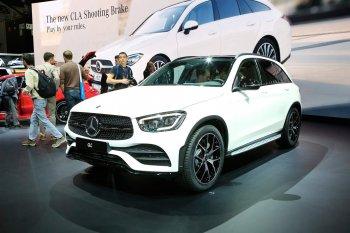 Ảnh thực tế phiên bản nâng cấp Mercedes-Benz GLC 2020 tại Geneva Motor Show 2019