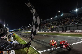 MotoGP 2019: Ducati Mission Winnow bị kiện bởi vật thể lạ trên Desmosedici GP-19