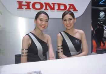 Ngắm dàn người đẹp tại Bangkok Motor Show 2019