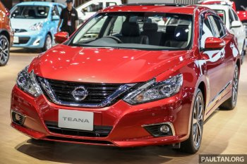 """Sức hút riêng của """"Hoàng tử đỏ"""" Nissan Teana facelift 2019 trên đất Thái"""