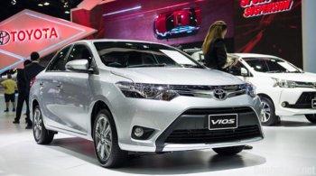 Toyota Vios bất ngờ giành lại ngôi vương, Honda CR-V tụt dốc