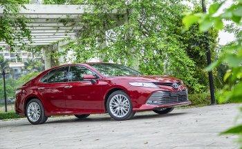 Toyota Camry hoàn toàn mới lộ ảnh trước khi ra mắt chính thức