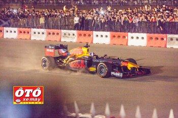 Xe đua Công thức 1 - F1 đã chính thức lăn bánh tại Hà Nội