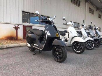 Vespa GTS 300 SuperTech 2019 bất ngờ xuất hiện tại Việt Nam
