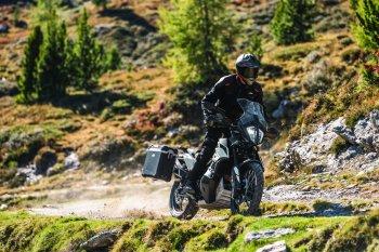 KTM 790 Adventure 2019 ra mắt Malaysia, hứa hẹn sắp đến Việt Nam