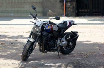 Cận cảnh Honda CB1000R Plus 2019 bản giới hạn nhập Ý tại Sài Gòn