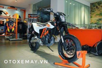 Cận cảnh supermoto KTM 690 SMCR 2019 đầu tiên tại Việt Nam