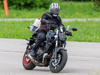 Thử nghiệm Yamaha MT-07 thế hệ mới - đối thủ sừng sỏ của KTM 790 Duke