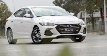 Hyundai Elantra Sport 2018 mới giảm giá còn 695 triệu đồng