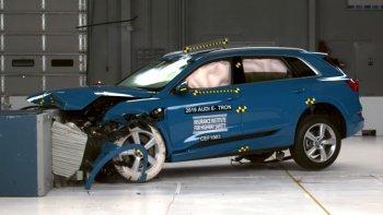Audi e-tron đạt chuẩn an toàn cao nhất, đánh bại Chevrolet Bolt