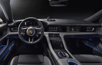 Xe điện Porsche Taycan sắp về Việt Nam có khoang lái như thế nào ?