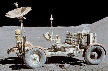 Các hãng xe và cuộc đua bay vào không gian
