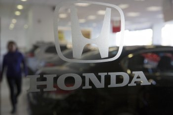 """""""Bão"""" chưa qua, Honda triệu hồi hơn 23.000 xe lỗi túi khí"""