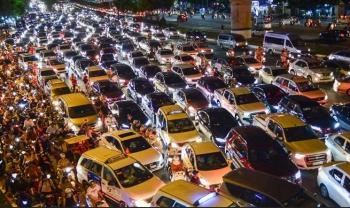 Phí đăng ký ôtô mới tại TP.HCM tăng kịch trần