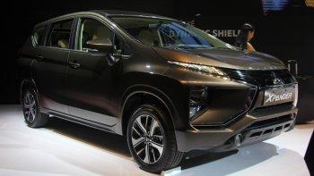"""Toyota Innova """"đuối sức"""", Mitsubishi Xpander """"lên ngôi"""""""