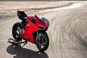 Ducati Panigale V2 2020 lộ diện