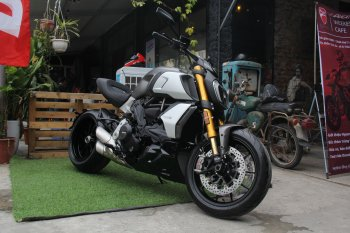 Chi tiết Ducati Diavel 1260S giá 899 triệu đồng tại Hà Nội