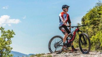"""""""Siêu"""" xe đạp thể thao Ducati MIG RR trang bị động cơ điện"""