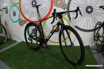 Look795 Aerolight30th Anniversary: Siêu xe đạp carbon giá 350 triệu đồng tại Việt Nam