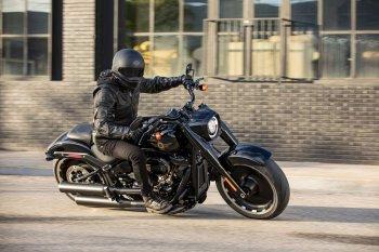 Harley-Davidson Fat Boy 2020 phiên bản kỷ niệm 30 năm giới hạn 2.500 chiếc trên toàn thế giới