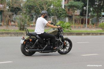 """Đánh giá Harley Davidson Iron 883: """"Cỗ máy cơ bắp dành cho người mới"""""""