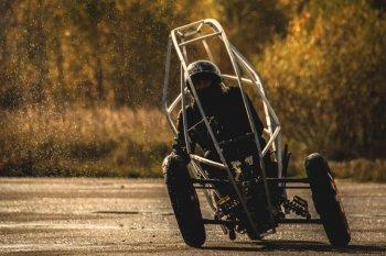 """AKO Trike: Xe máy """"lai"""" ôtô với phạm vi hoạt động hơn 300 km"""