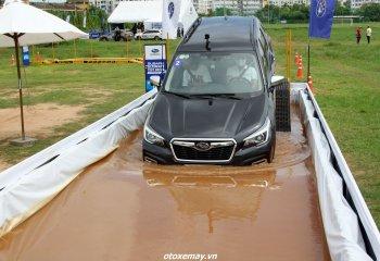Subaru Việt Nam hướng dẫn lái xe an toàn mùa mưa và trên đường offroad
