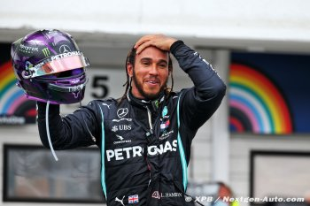 Lewis Hamilton độc chiếm ngôi đầu trên bảng xếp hạng F1 2020